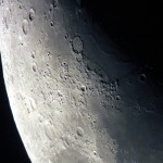 Mond 06